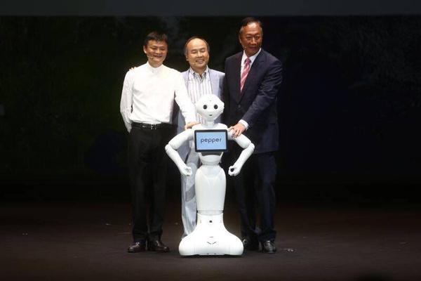 马云:机器人未来会成为我们的家庭成员